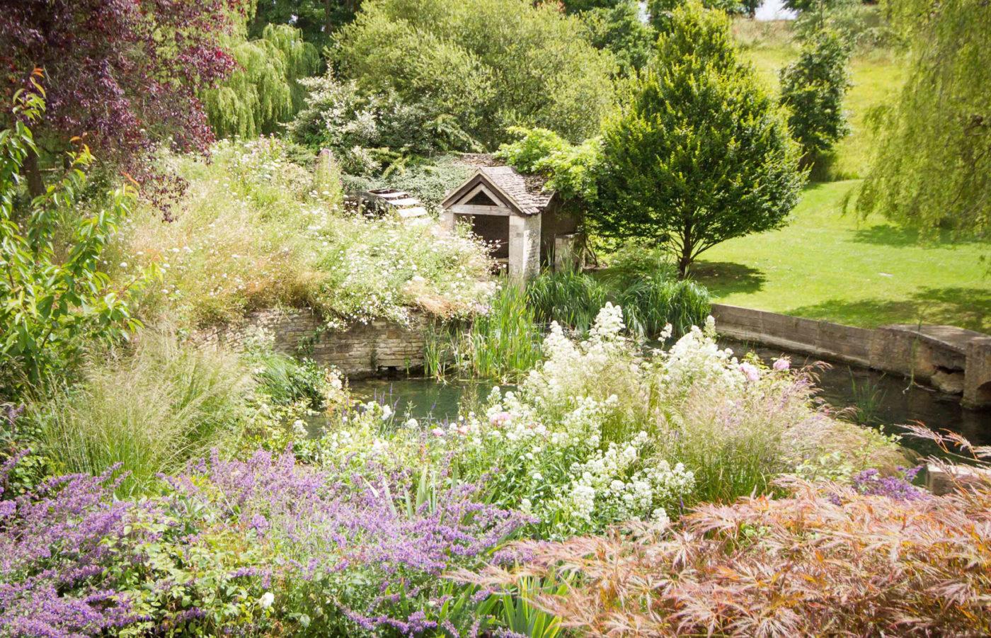 Garden design and garden landscaping garden design and for Tranquil garden designs